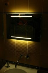 világító tükör 2 db 33 cm széles fénycsíkkal