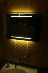 világító tükör 2 db 42 cm széles fénycsíkkal